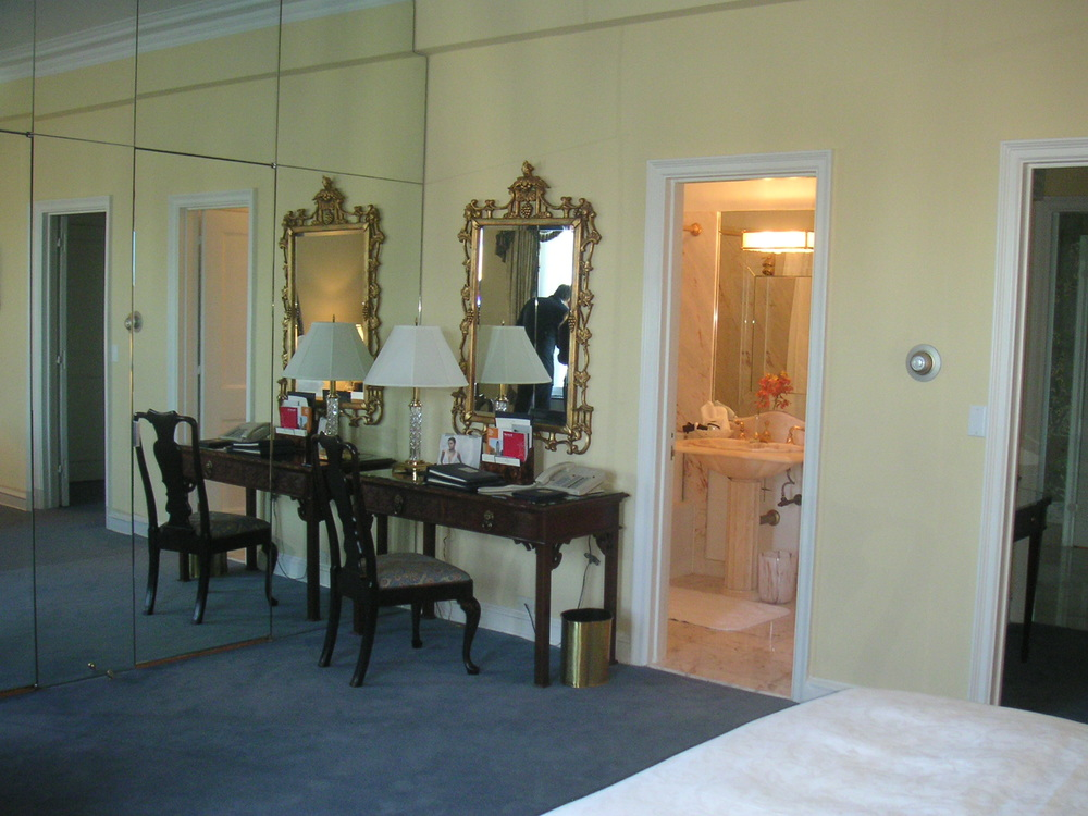 HOTEL 40-P10.JPG