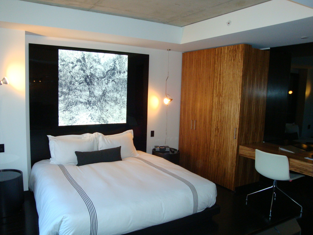 HOTEL 49-600-06.JPG