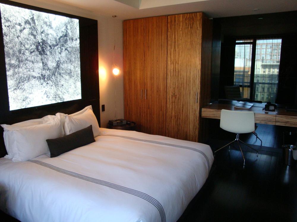 HOTEL 49-600-09.JPG