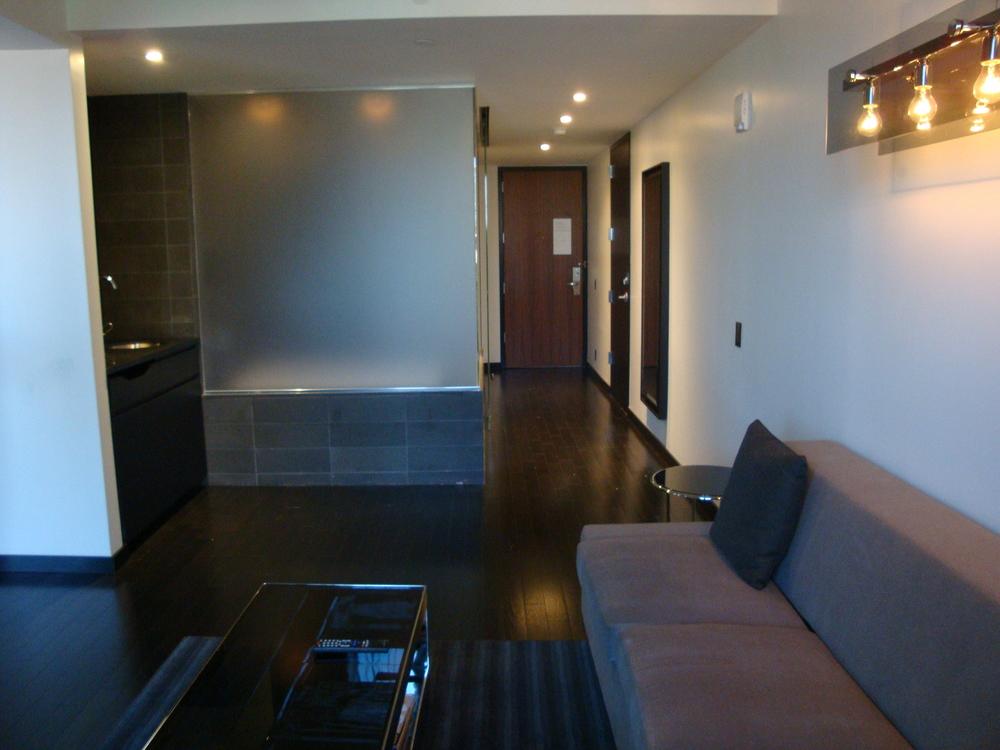 HOTEL 49-600-10.JPG