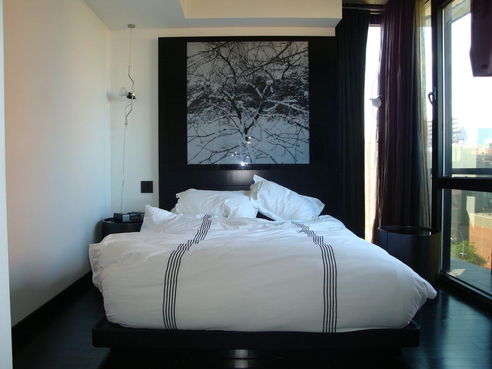 HOTEL 49-610-01.JPG