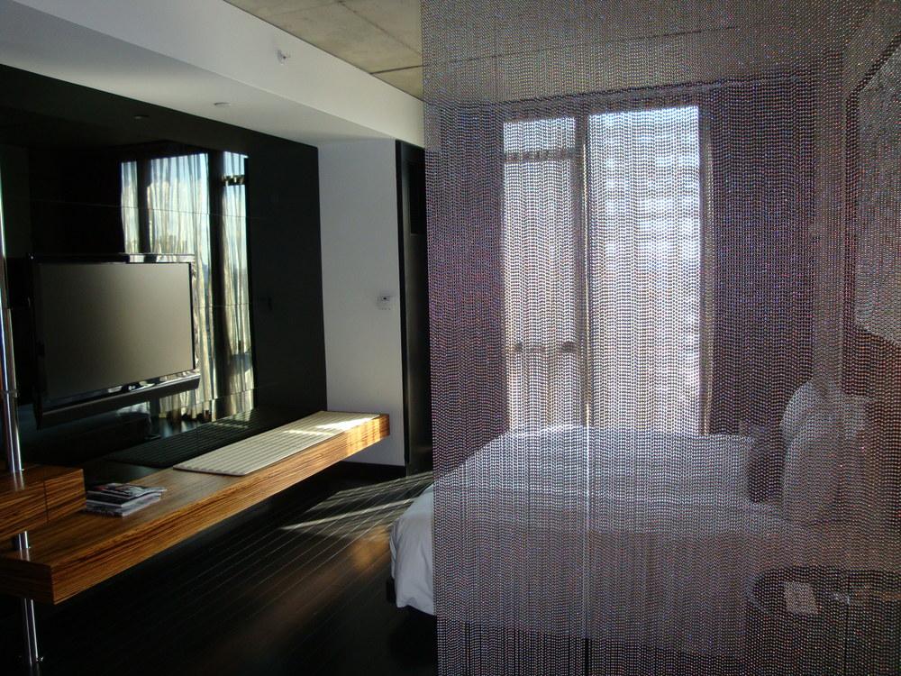 HOTEL 49-1207-04.JPG