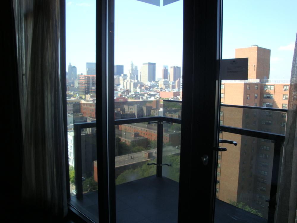HOTEL 49-1500-06.JPG