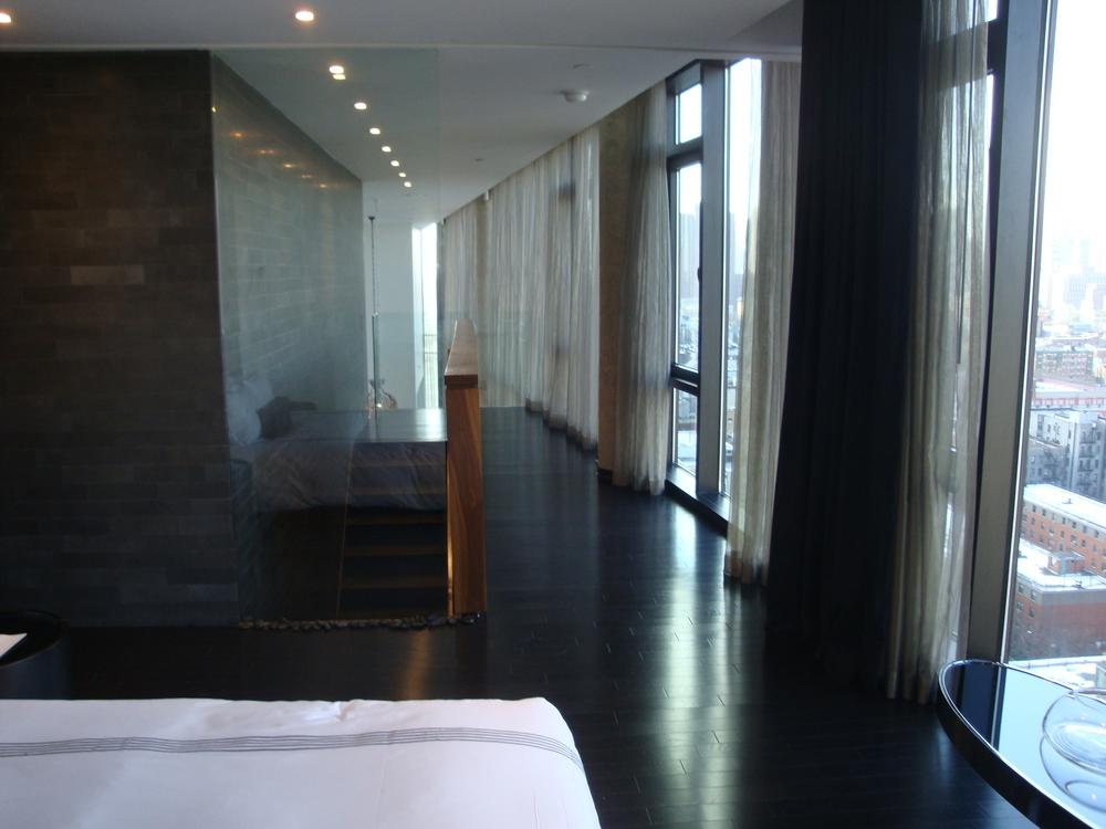 HOTEL 49-15PH.JPG
