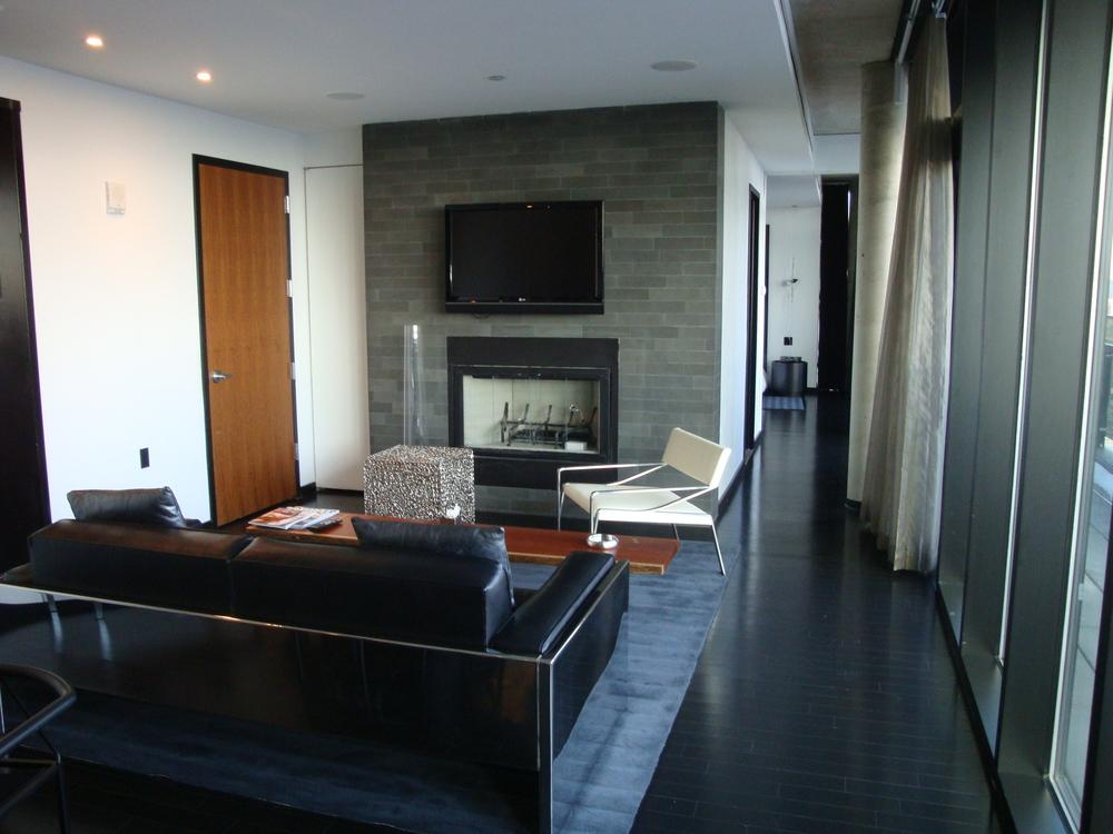 HOTEL 49-22PH.JPG