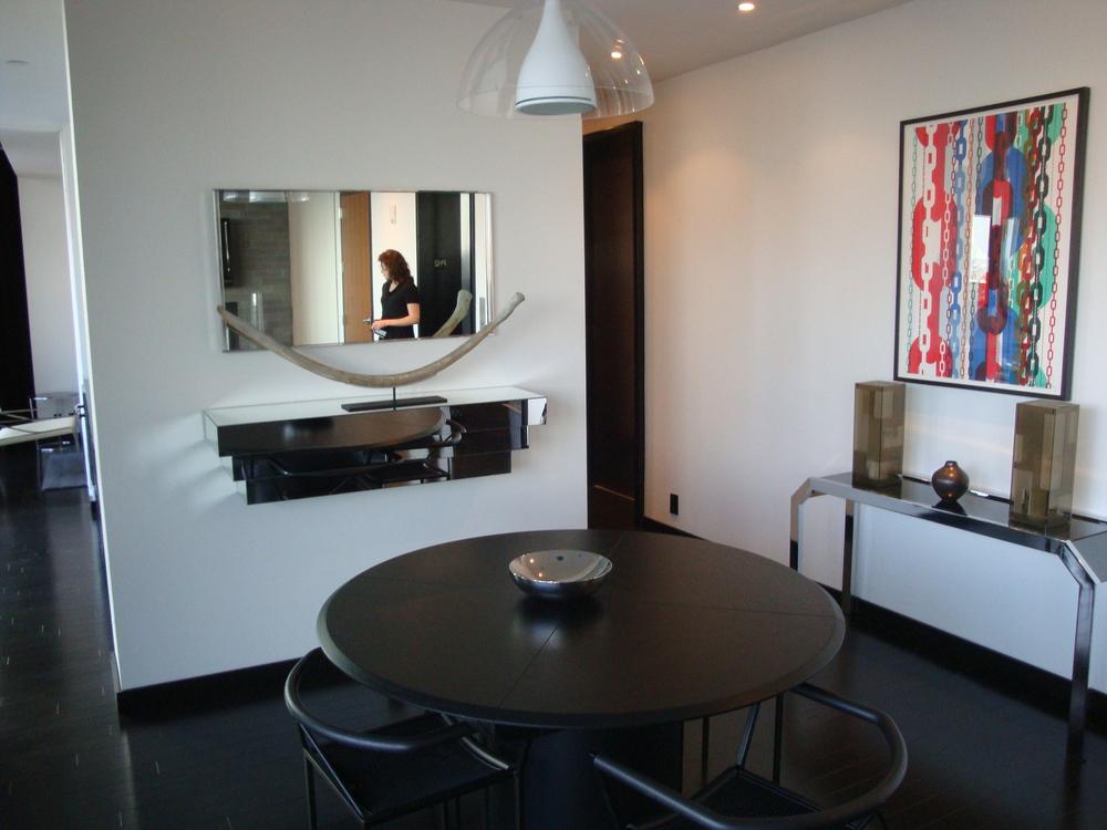 HOTEL 49-24PH.JPG