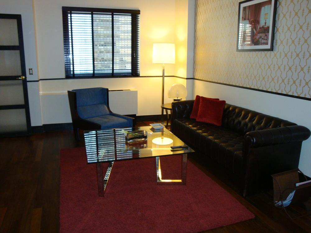 HOTEL 50-60-01.JPG