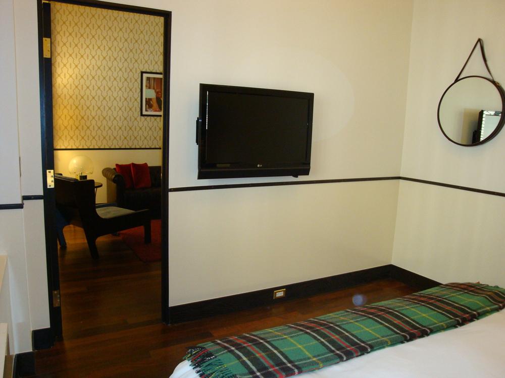 HOTEL 50-60-04.JPG