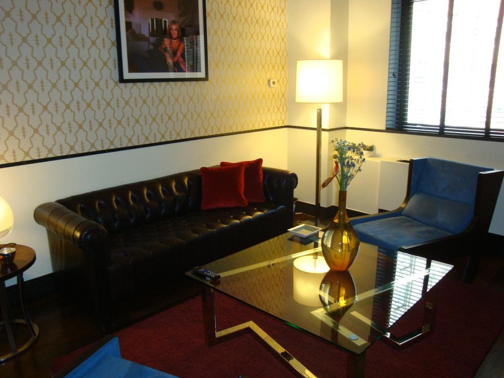 HOTEL 50-70-04.JPG