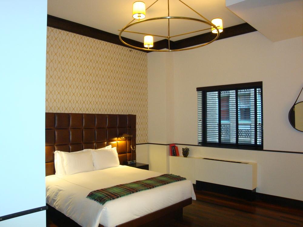 HOTEL 50-70-06.JPG