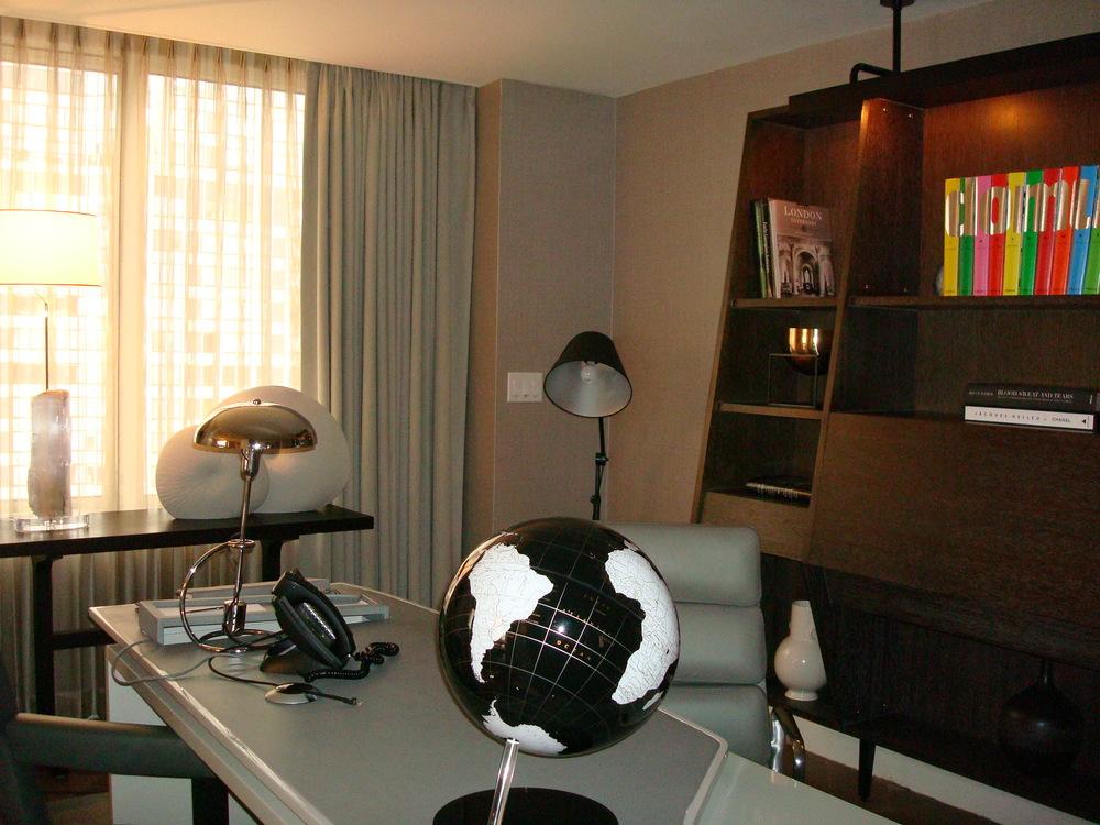 HOTEL 58 4901-03.JPG