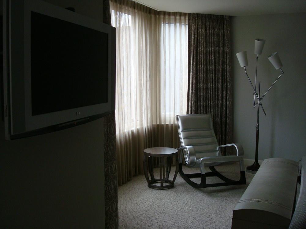 HOTEL 58 4901-19.JPG