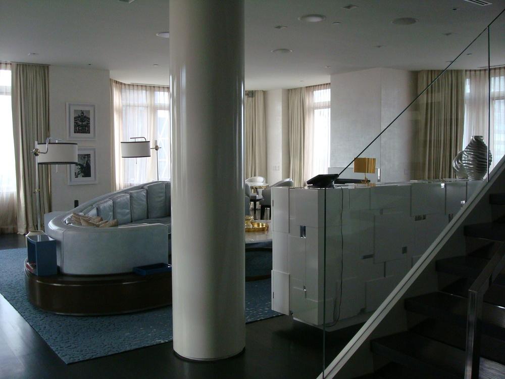 HOTEL 58 PENT-02.JPG