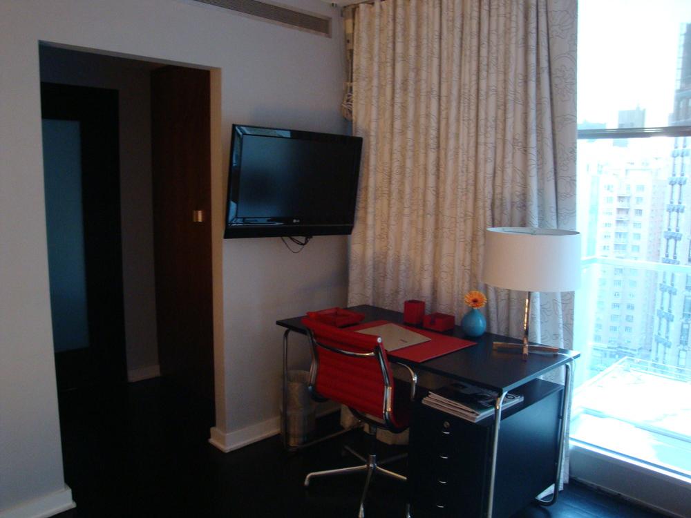 HOTEL 61-11A.JPG
