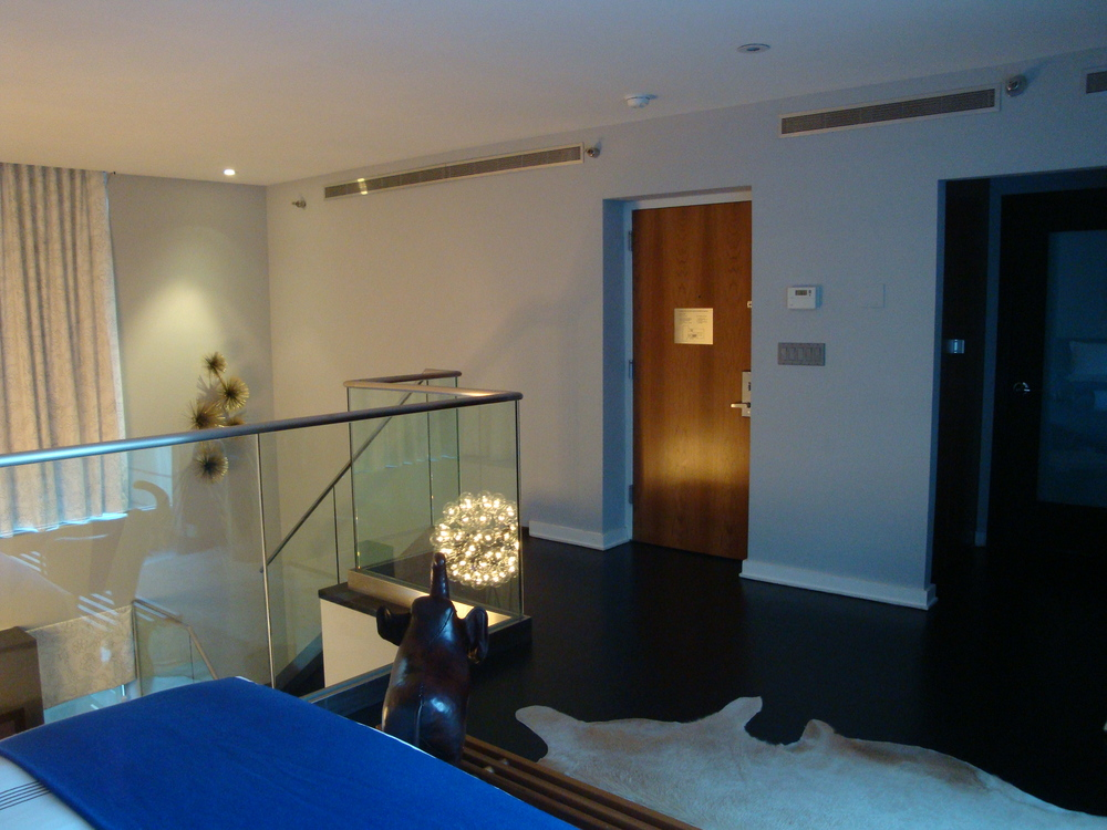 HOTEL 61-13A.JPG