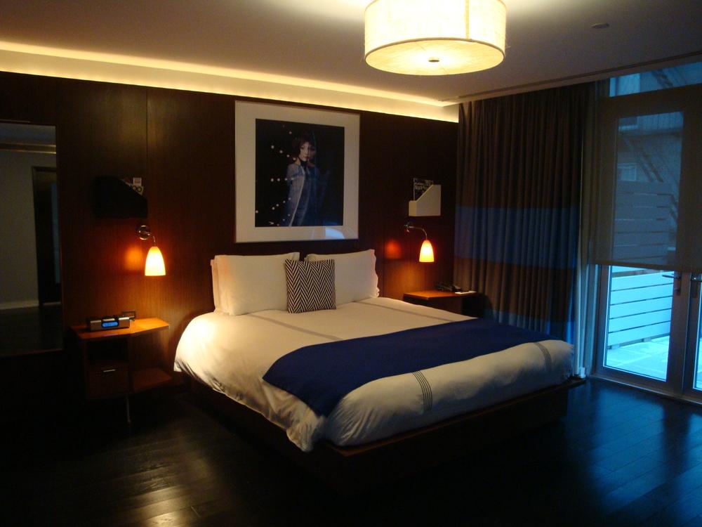 HOTEL 61-29B.JPG