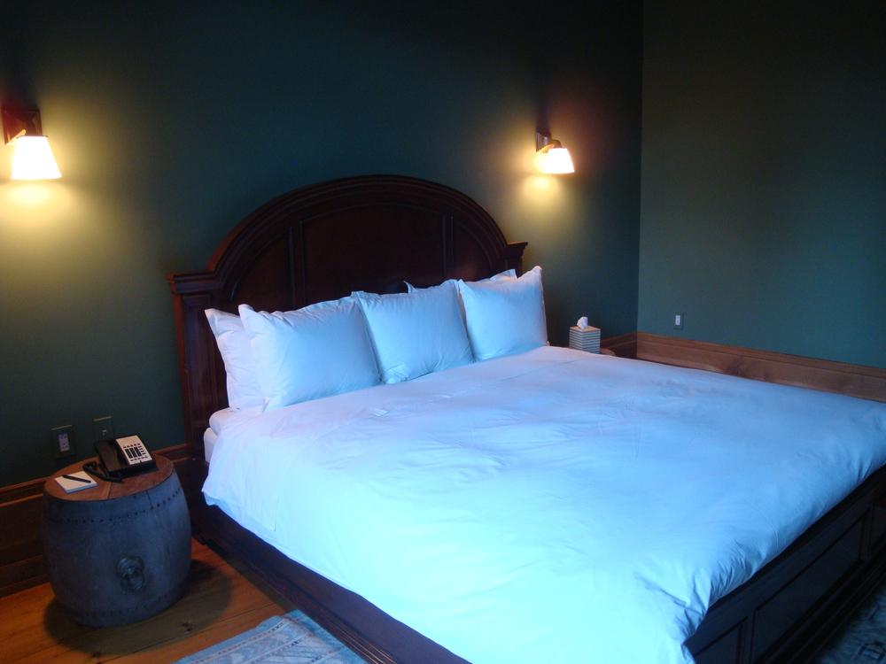 HOTEL 62-14A.JPG