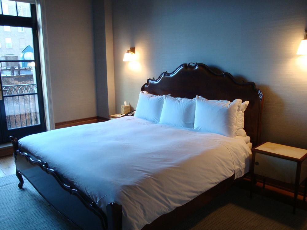HOTEL 62-30A.JPG