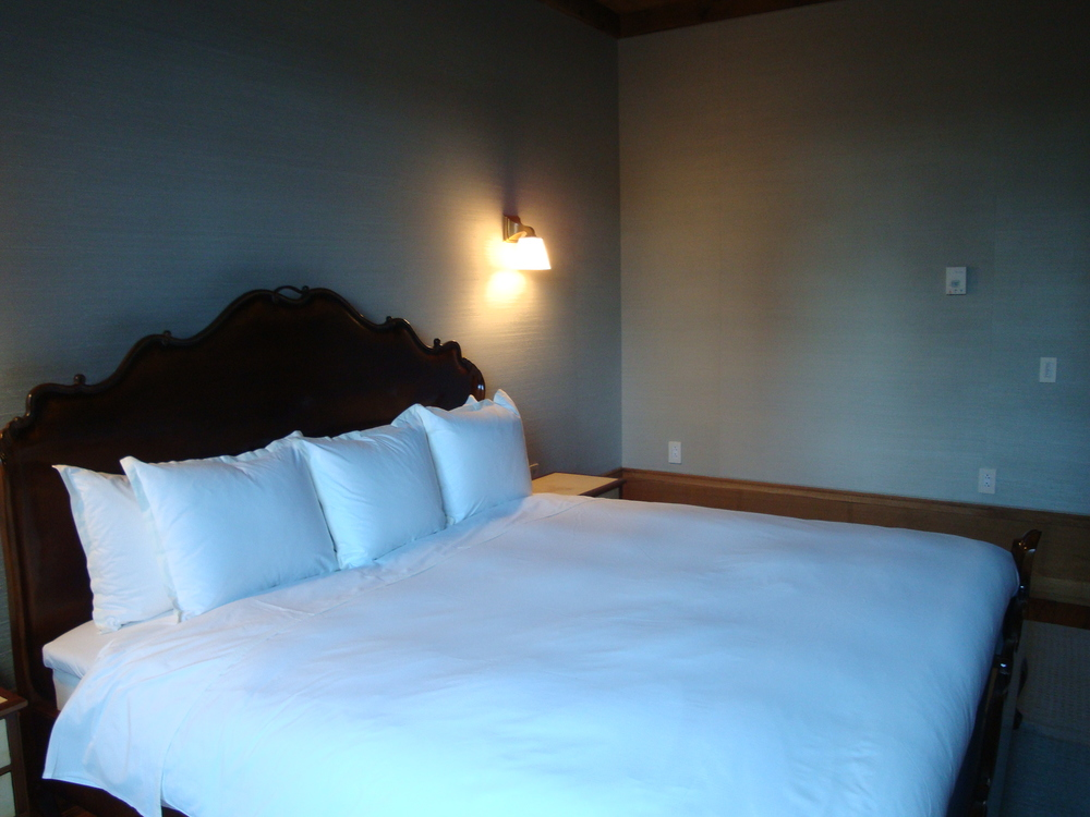 HOTEL 62-32A.JPG