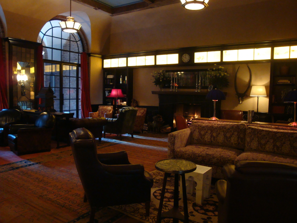 HOTEL 62-34.JPG
