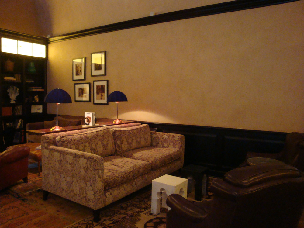 HOTEL 62-36.JPG
