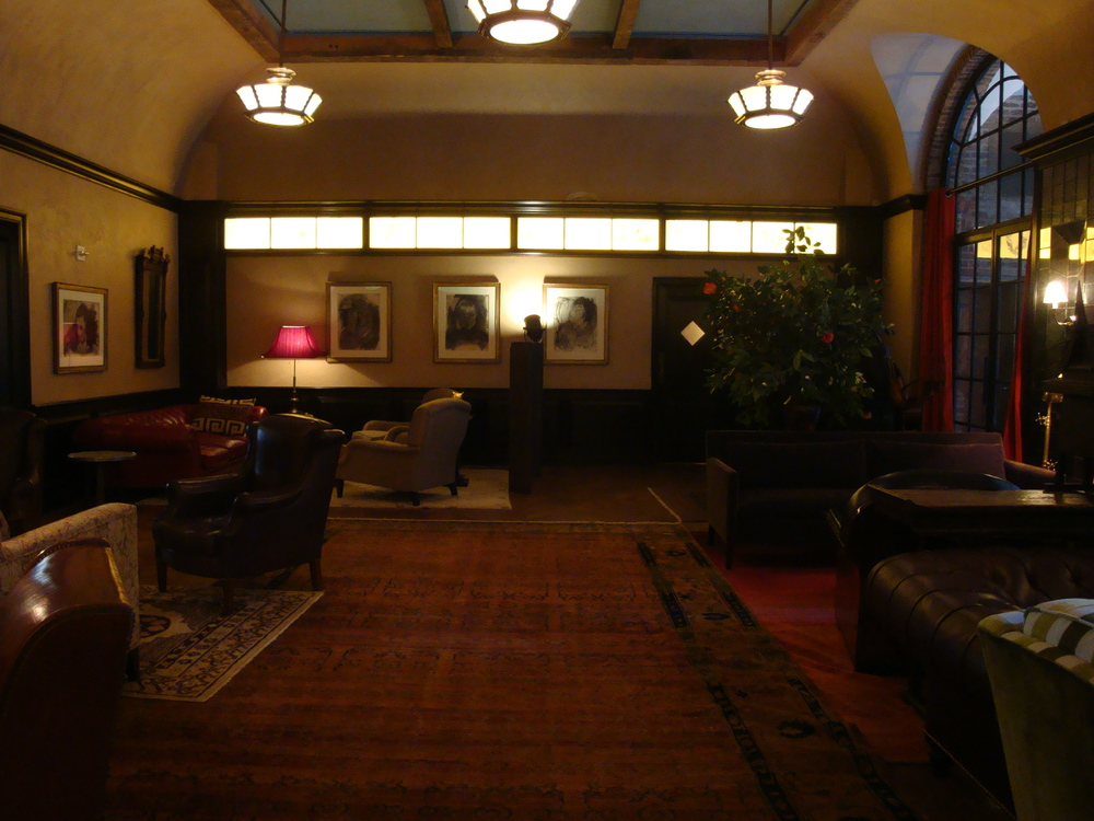 HOTEL 62-39.JPG