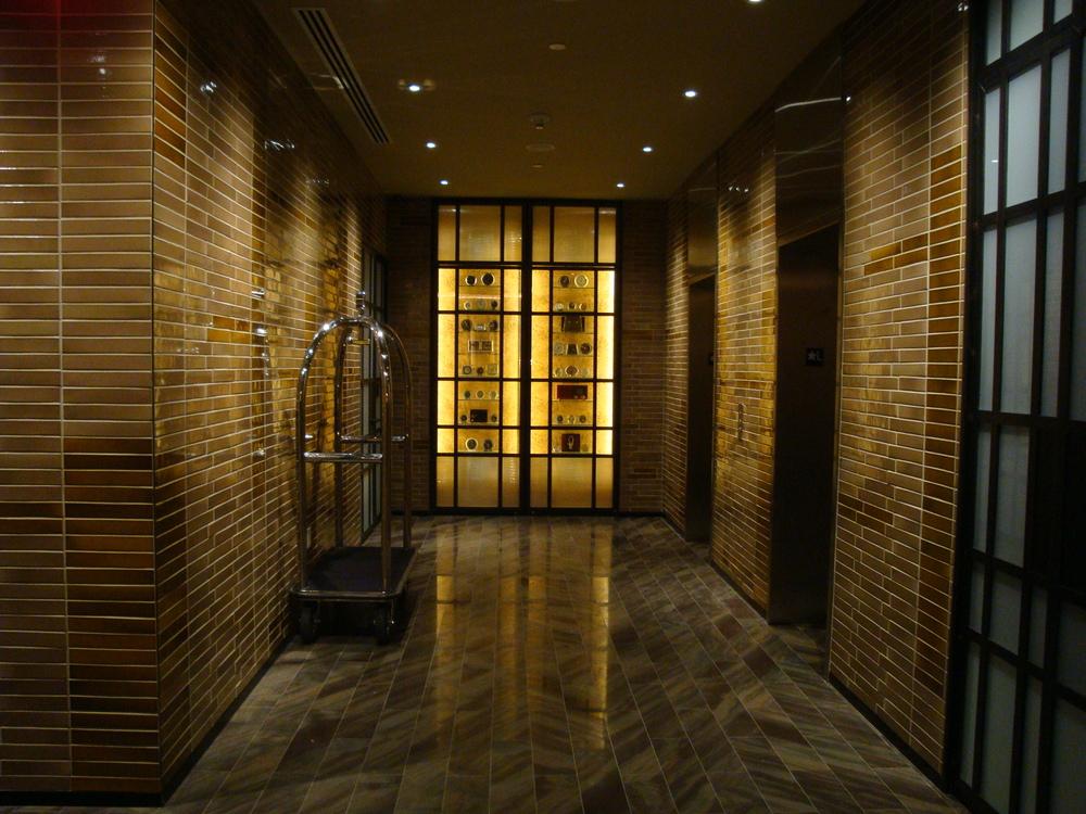 HOTEL 63-01.JPG