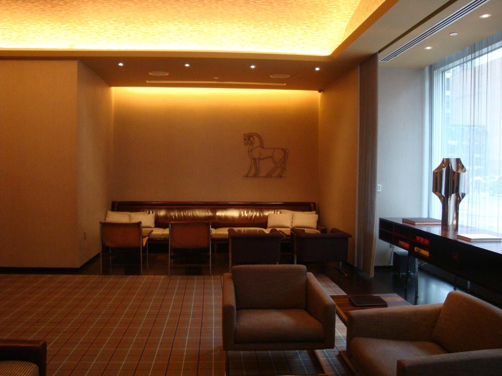 HOTEL 63-09.JPG