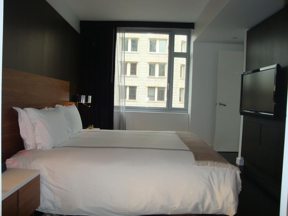 HOTEL 63-710-20.JPG