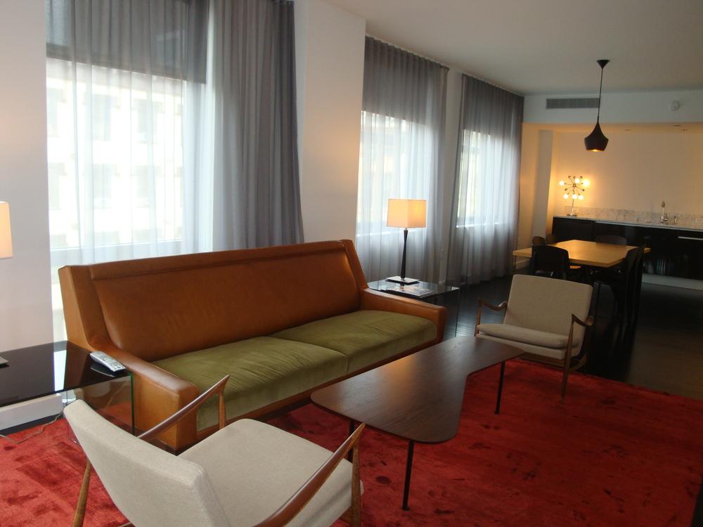 HOTEL 63-710-22.JPG