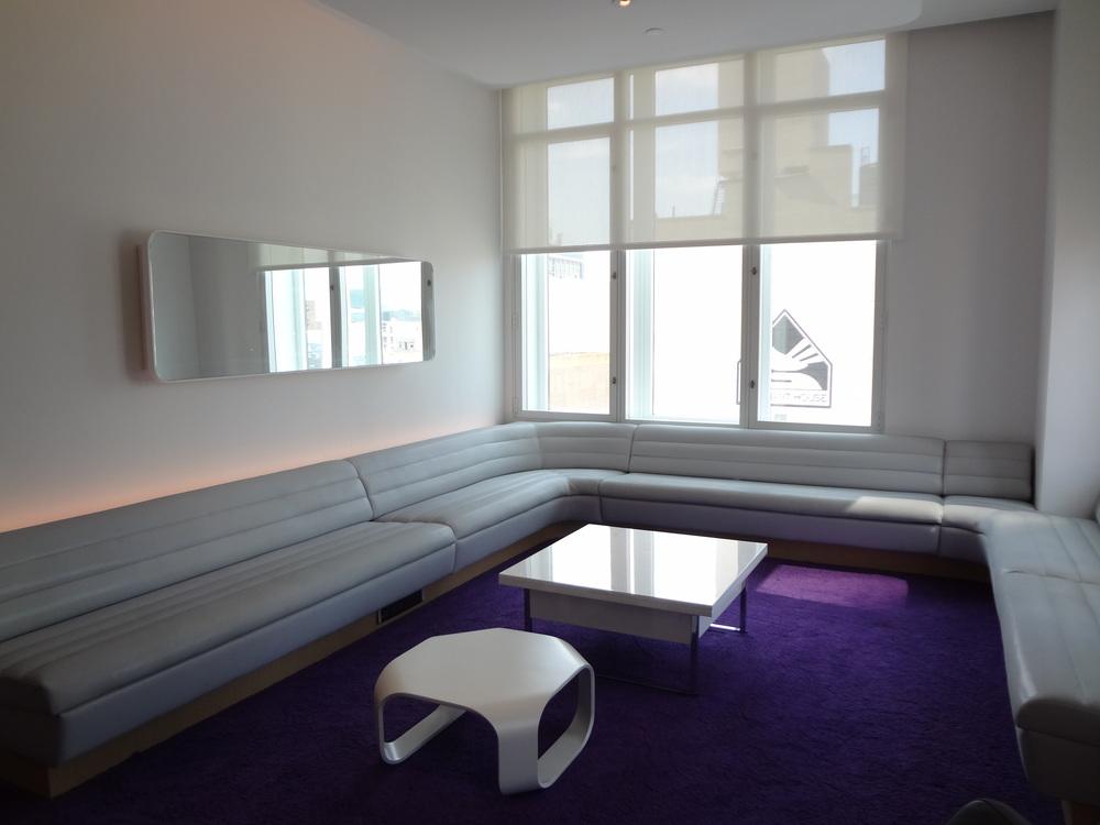 HOTEL 72-03.JPG