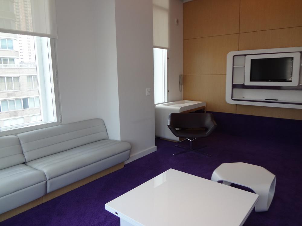HOTEL 72-04.JPG