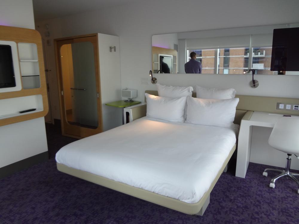 HOTEL 72-17.JPG