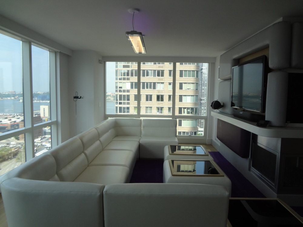 HOTEL 72-20.JPG