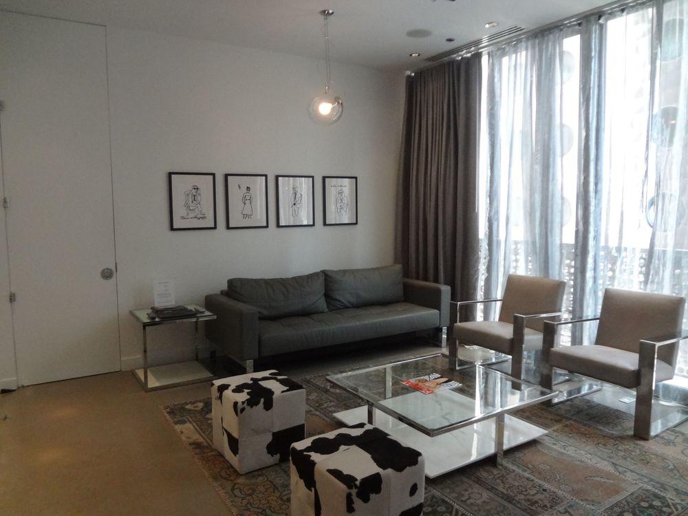 HOTEL 73_PS1.jpg