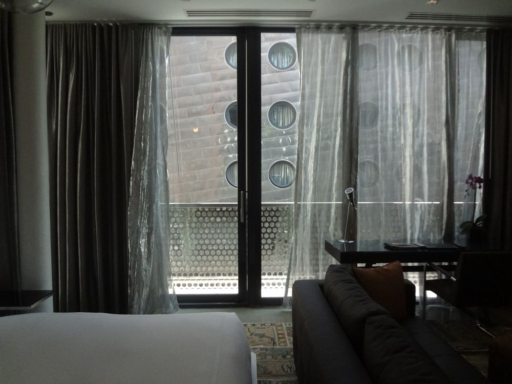 HOTEL 73_PS23.jpg