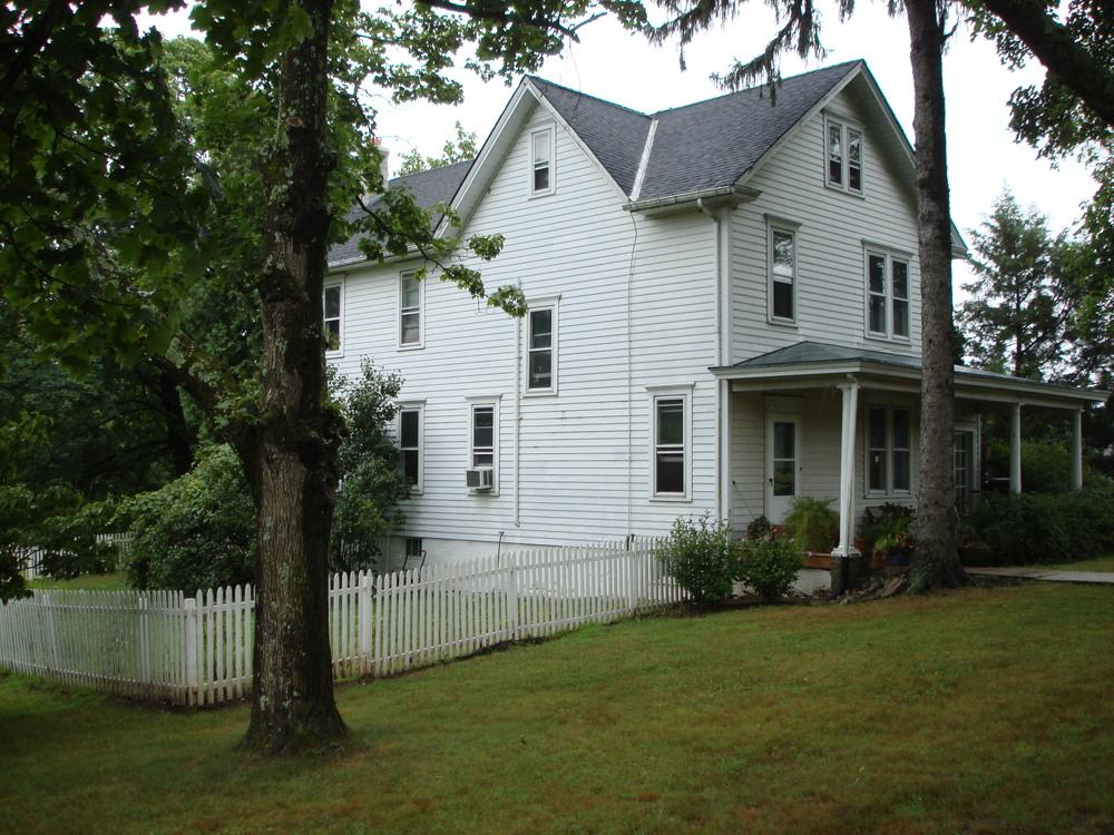 NJ HOUSE 2-02.JPG