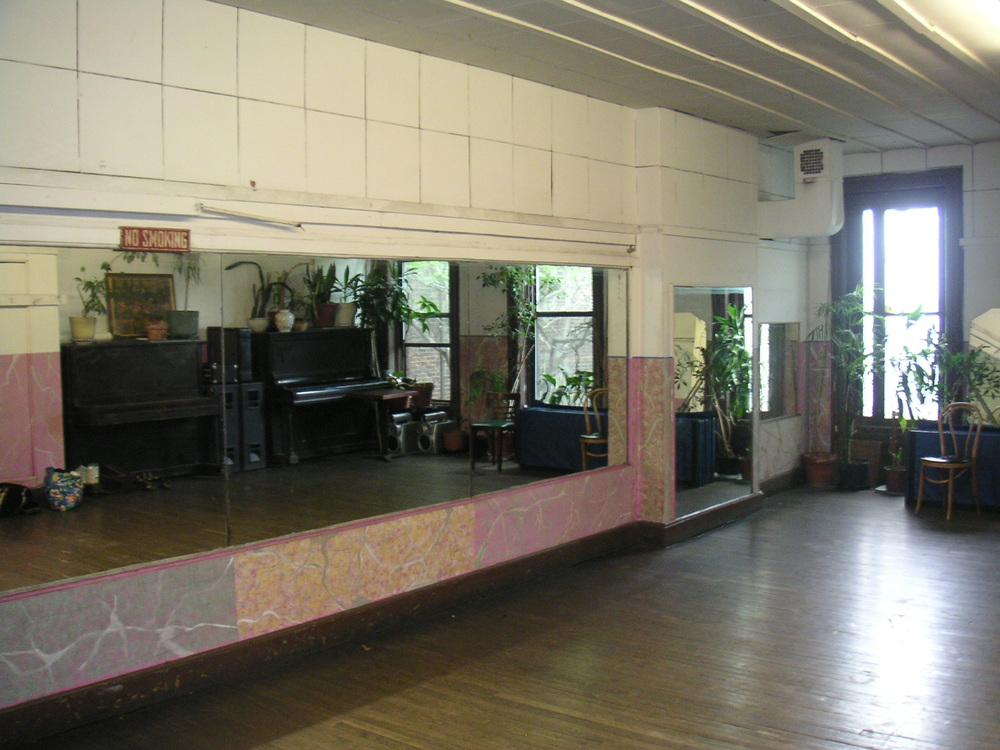 DANCE STUDIO 2A-8.JPG