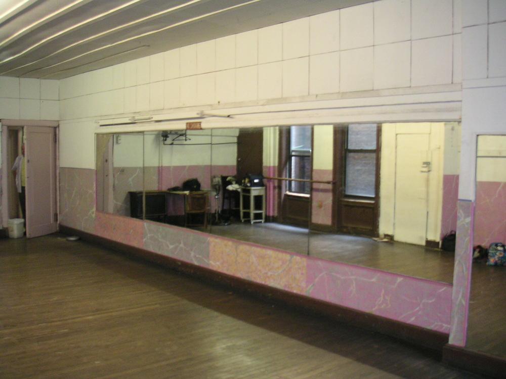 DANCE STUDIO 2A-10.JPG