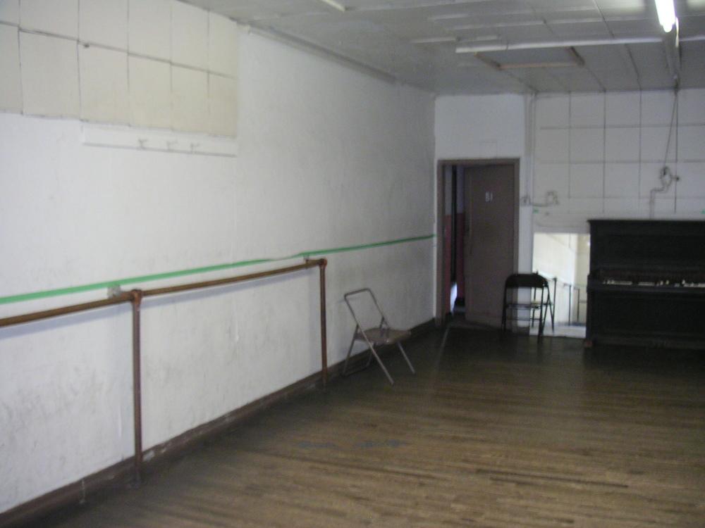 DANCE STUDIO 2B-5.JPG
