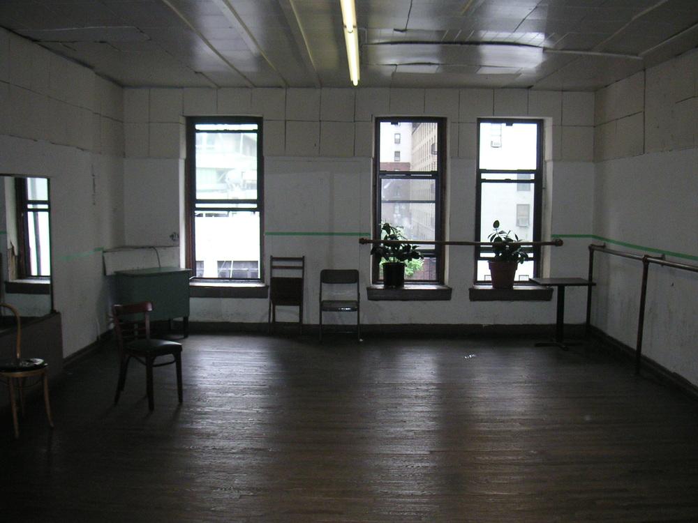 DANCE STUDIO 2B-8.JPG