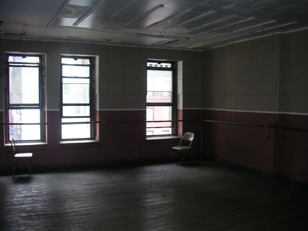 DANCE STUDIO 2C-1.JPG