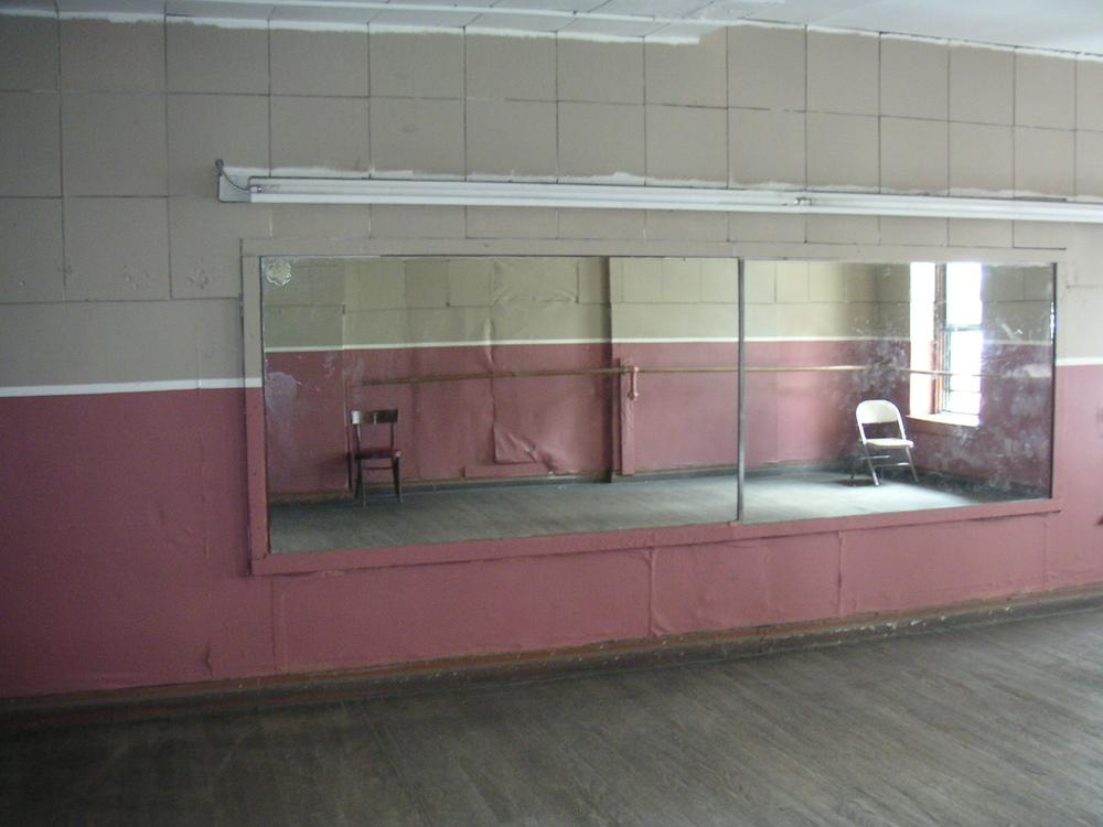 DANCE STUDIO 2C-3.JPG
