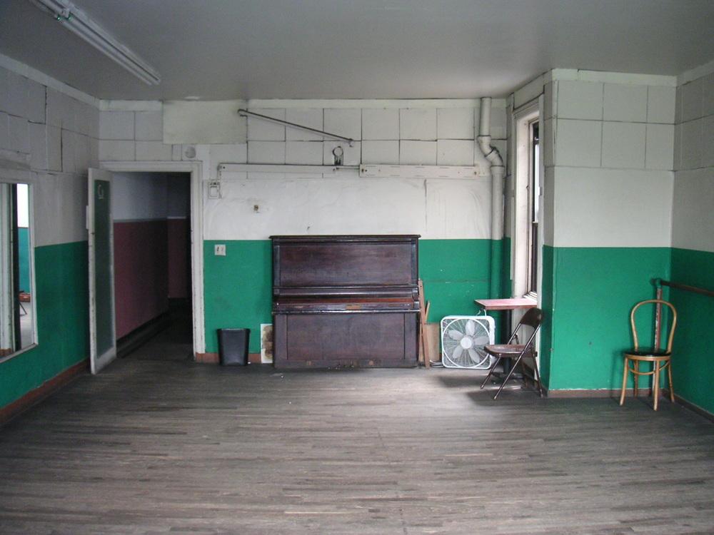 DANCE STUDIO 2C-11.JPG