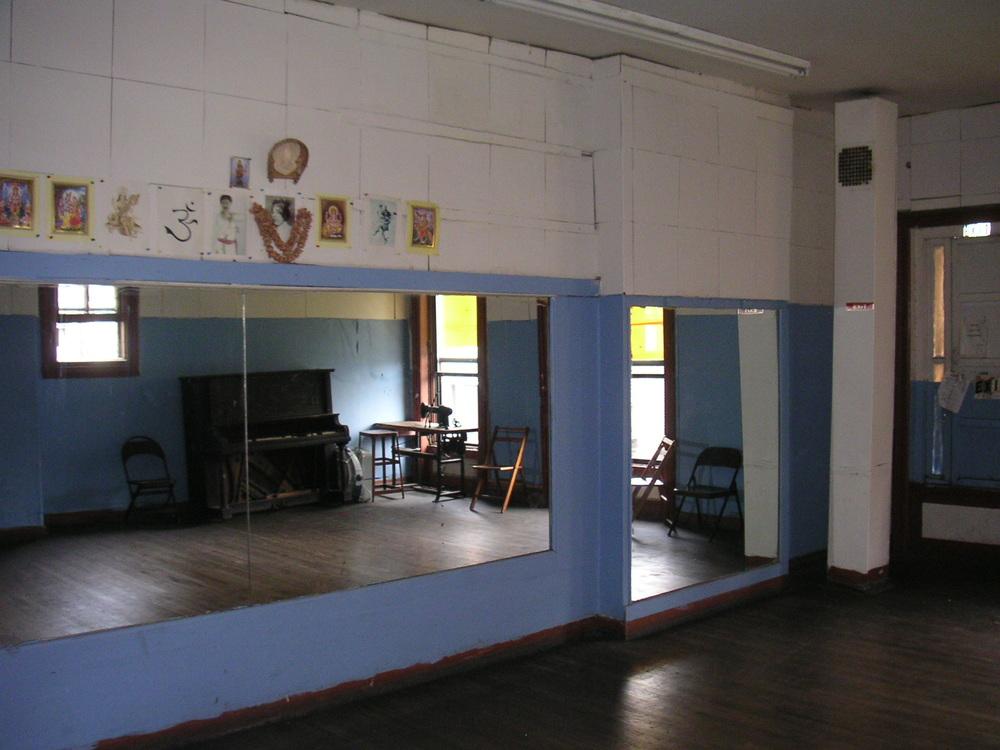 DANCE STUDIO 2C-18.JPG