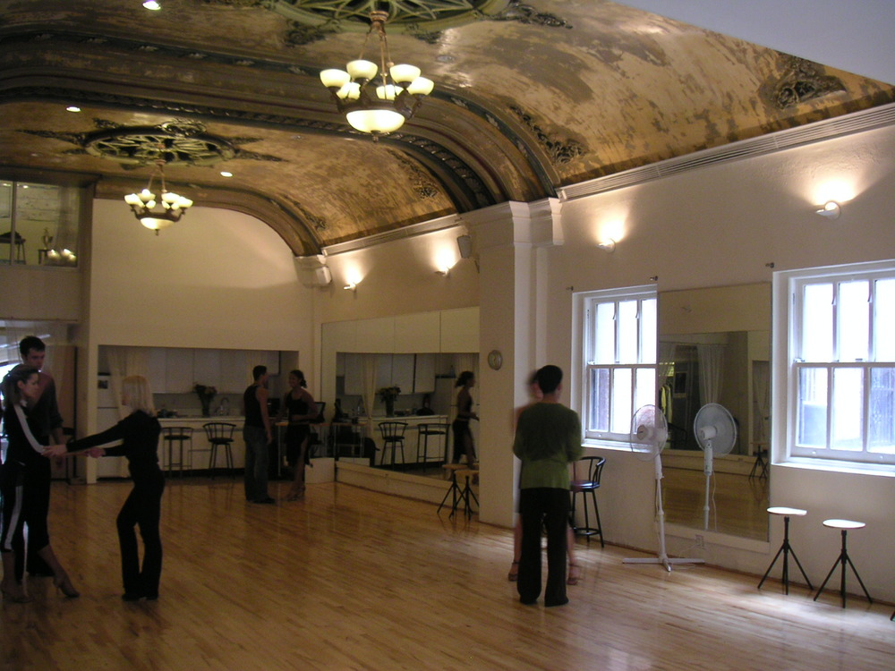 DANCE STUDIO 3-07.JPG