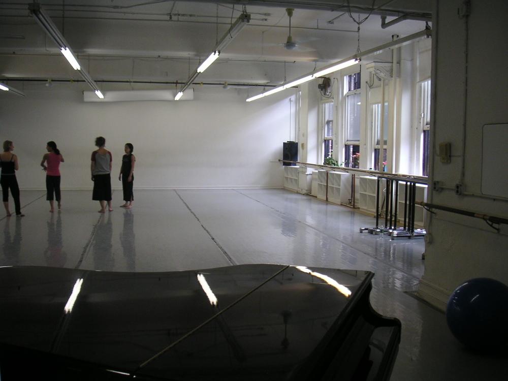 DANCE STUDIO 4-04.JPG