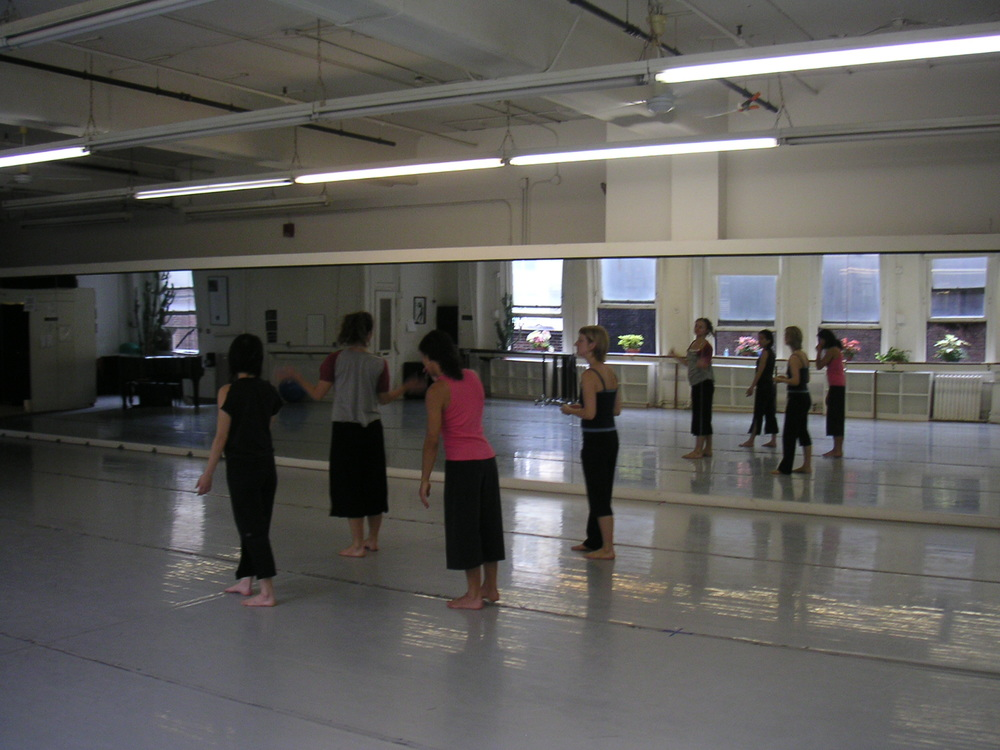 DANCE STUDIO 4-09.JPG