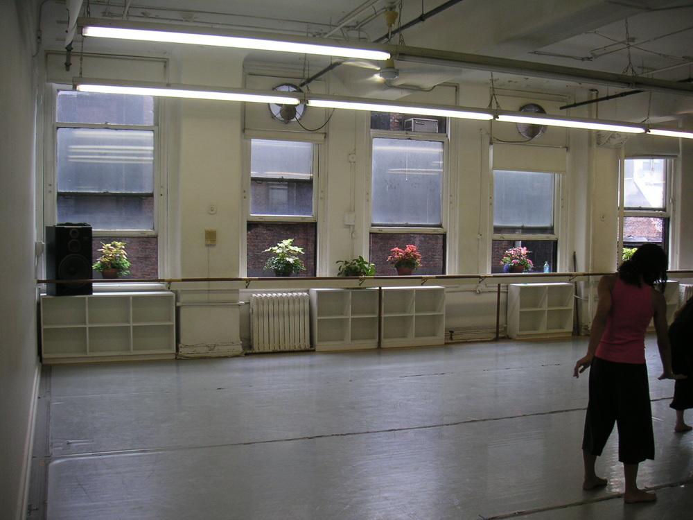 DANCE STUDIO 4-12.JPG
