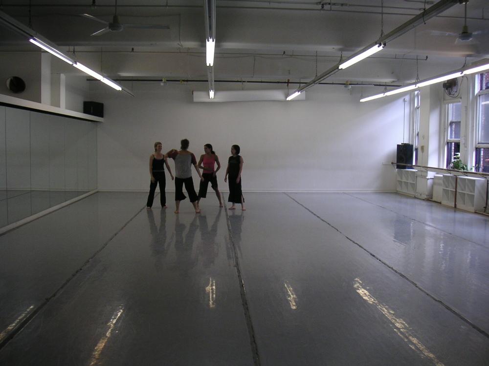 DANCE STUDIO 4-19.JPG